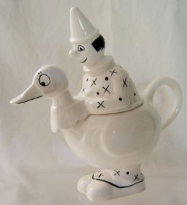 Carlton Ware Lustre Pottery Clown n Duck Cream Jug - SOLD